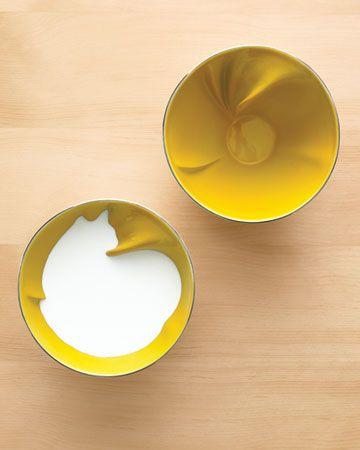 Animal Bowl by Geraldine De Bernardaud: Ceramic bowl to fill with liquid to reveal the surprise. #Animal_Bowl #Geraldine_de_Beco