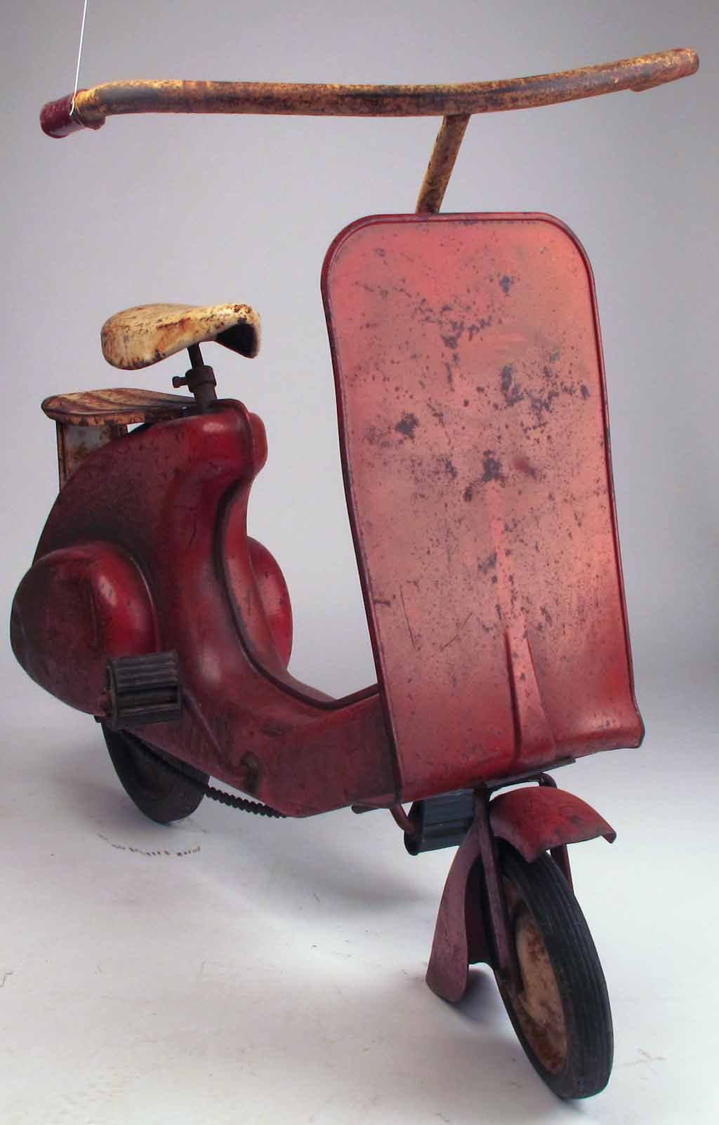 6381b2d4e89 (Rare Vintage 1950 s Garton Super Sonda Red Pedal Car Scooter (according to  data I found