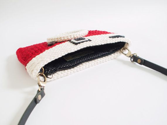 Crochet Vintage Camera Purse/ Red Color #camerapurse