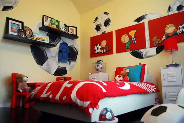 boys bedroom mural ideas | kids bedroom ideas with football mural