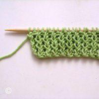 tricoter 2 mailles envers torse