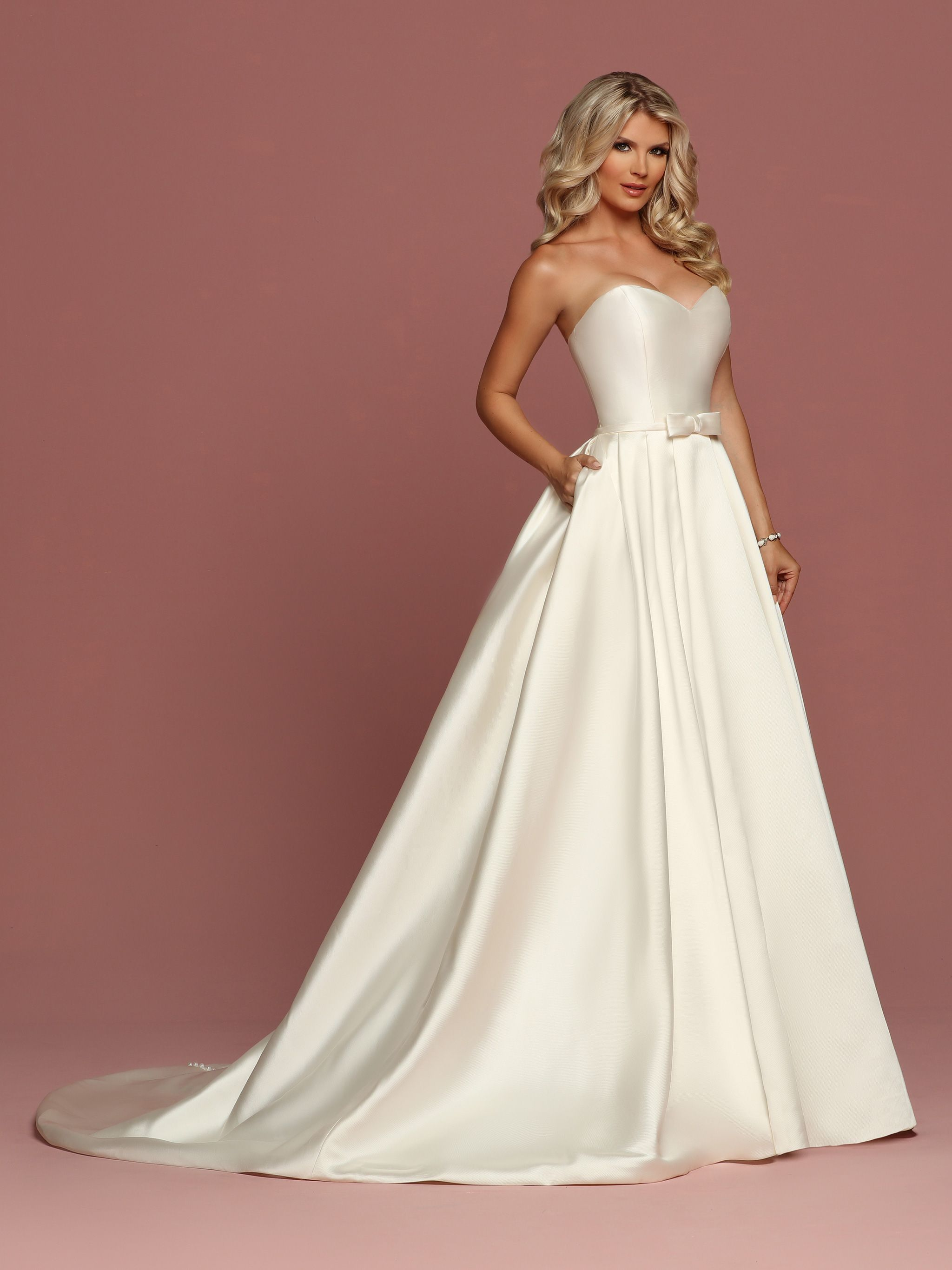 Davinci Bridal Is Your Ultimate Destination For Bridesmaid Dresses Designer Wedding Gowns And Best Online