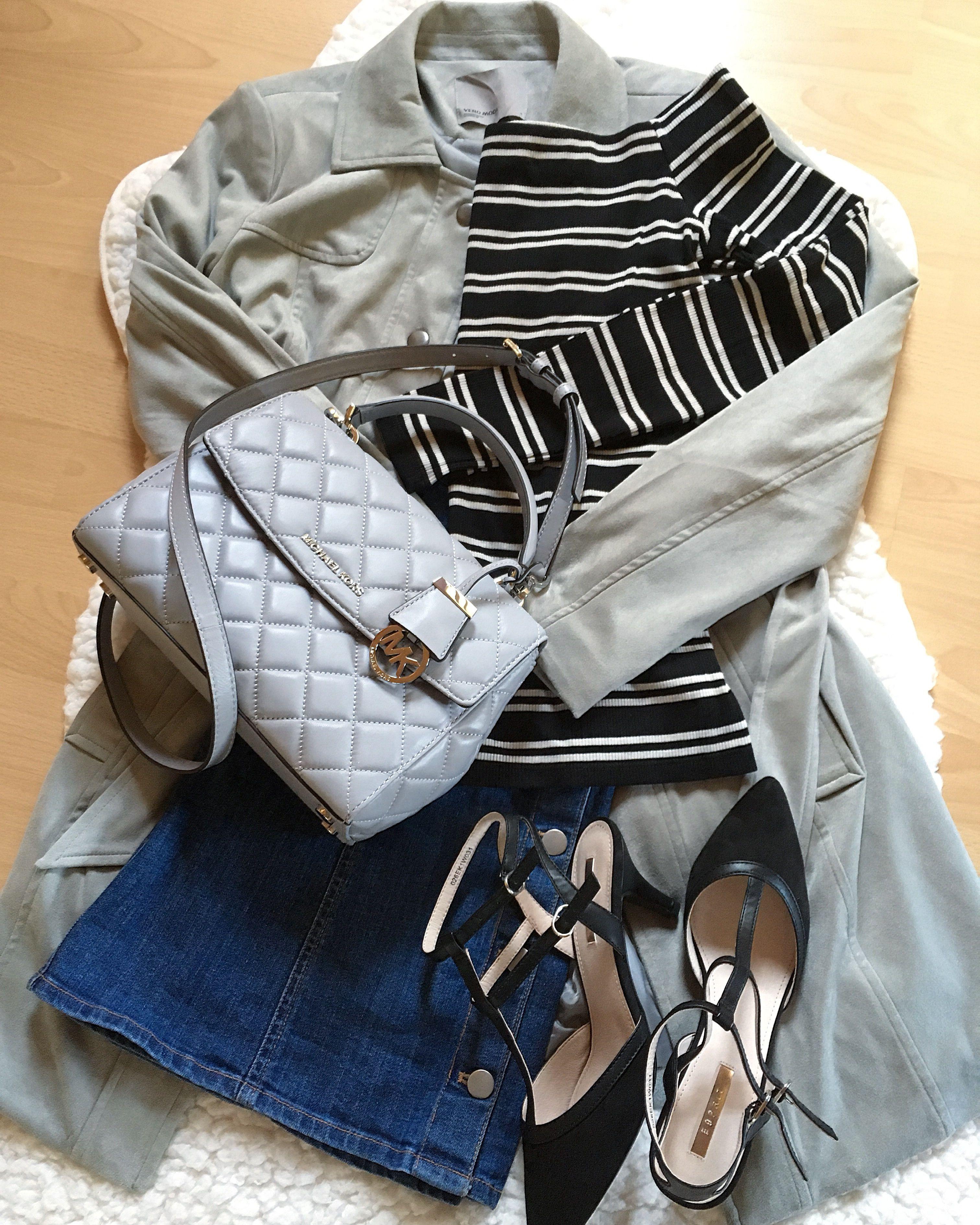 on sale 1c713 b18c0 Casual Outfit grauer Fake-Veloursledermantel schwarz-weißes ...