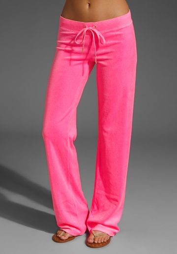 822a13538512e JUICY COUTURE Velour Original Leg Pant in Hot Hot at Revolve Clothing -  Free Shipping!