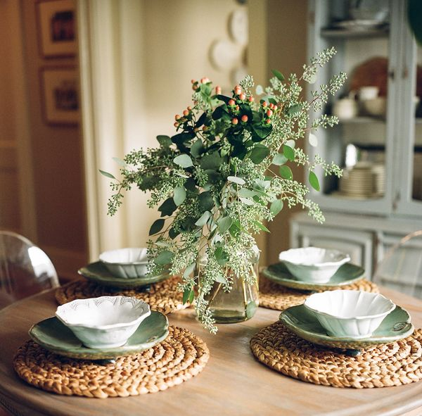 Newlywed Home Decor: Southern Newlywed: Home For The Holidays With Abby And