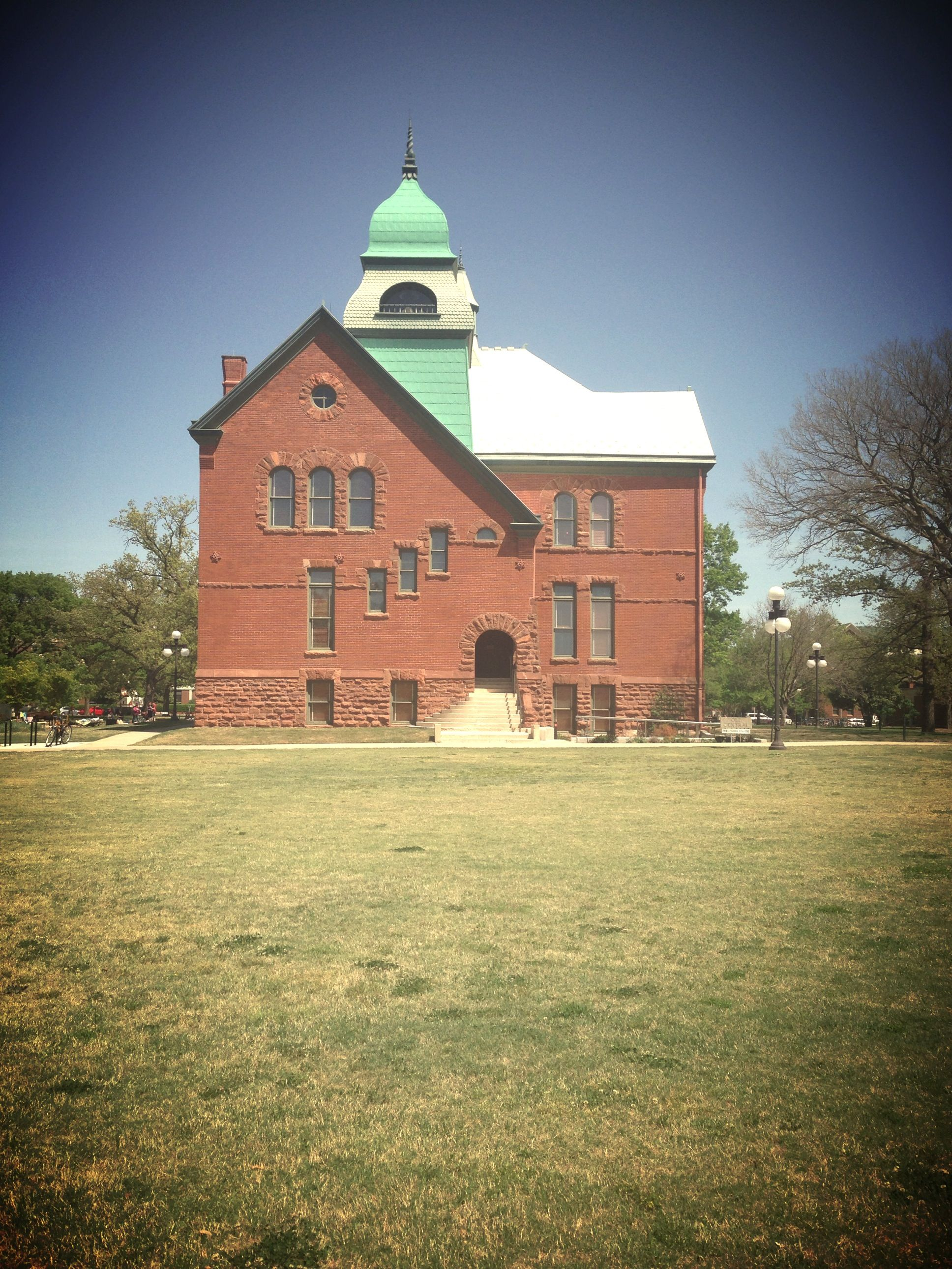 15 Best Places to Live in Oklahoma - The Crazy Tourist