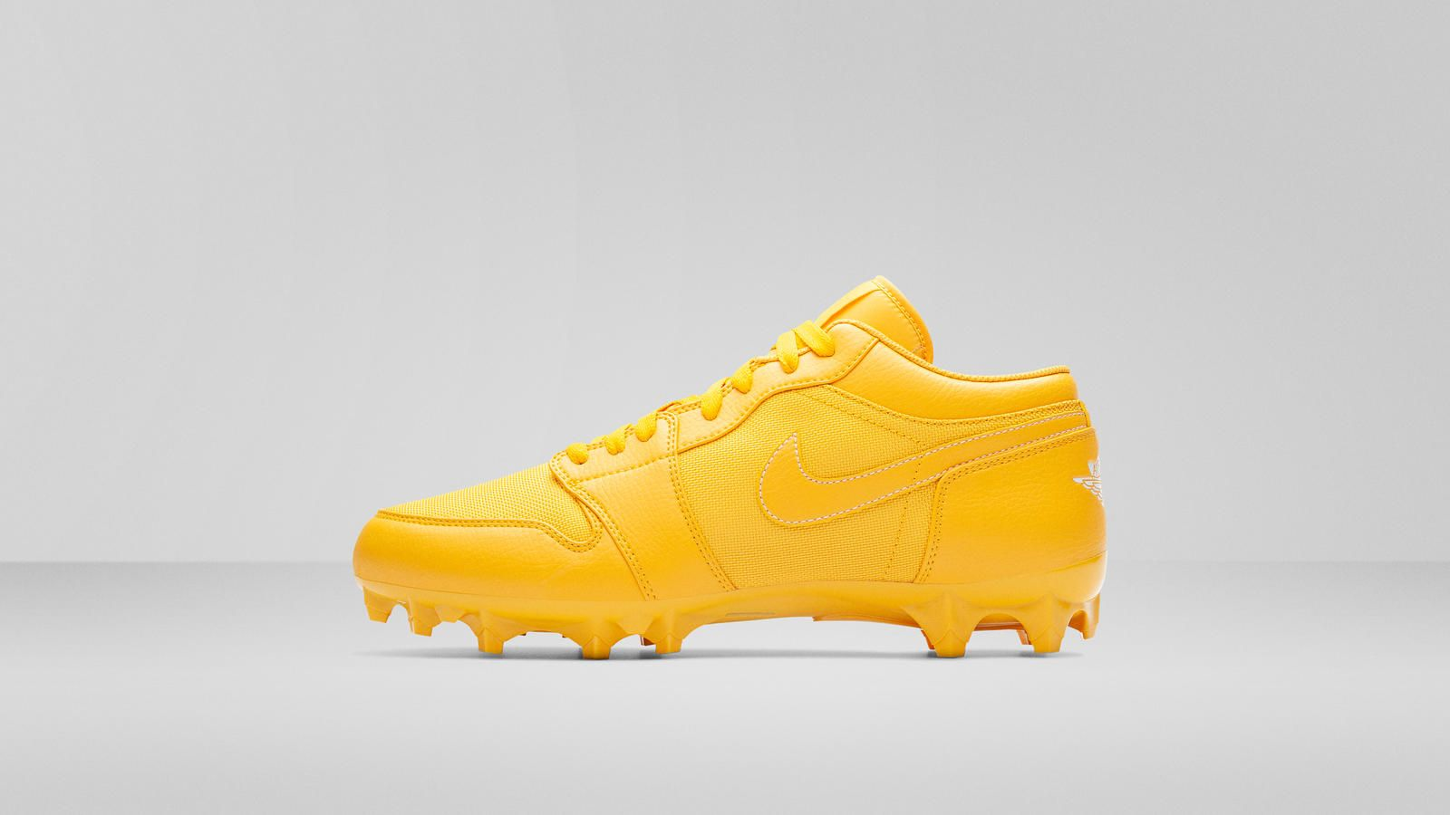 Pin by on Cleats (With images) Air max