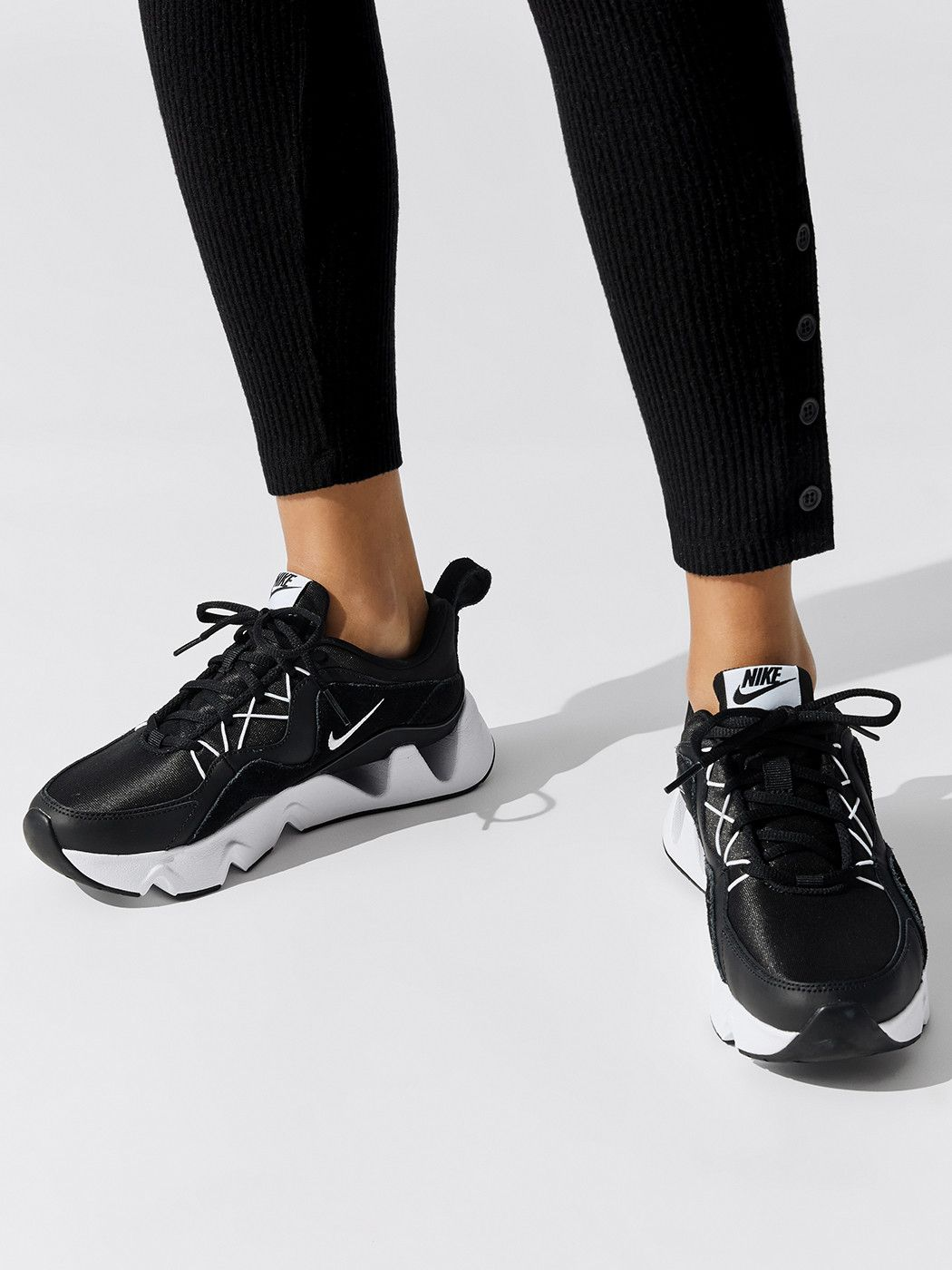 Nike Women S Nike Ryz 365 Nike Shoes In 2020 Nike Women Nike Fashion Nike
