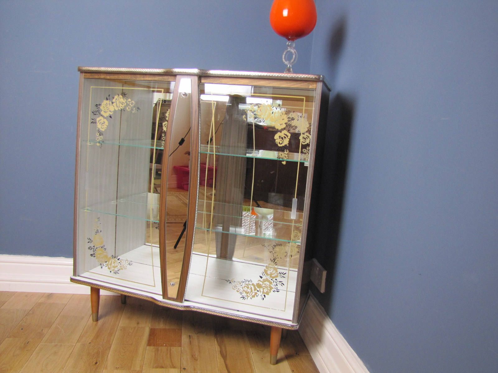 Vintage Retro 50 60S Kitsch Mirrored Glass Display Cabinet By