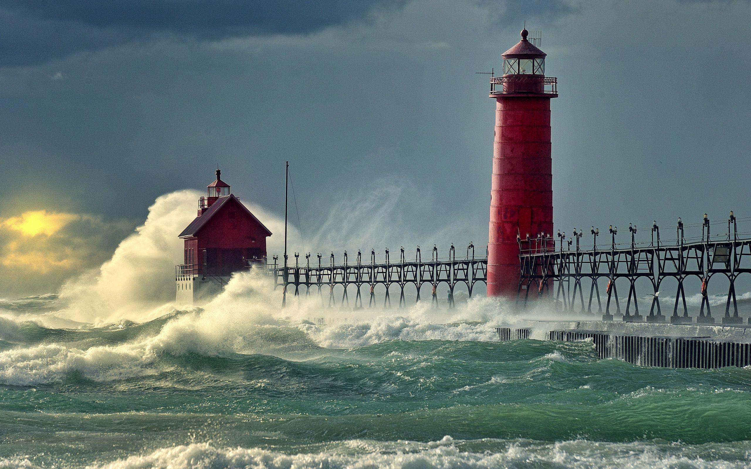 Mer Vagues Quai Du Phare Fonds D Ecran 2560x1600 Eclairage De Maison Phare Lac Michigan