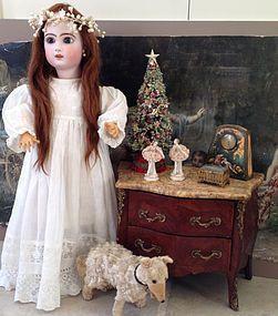 ~ DECEMBER ~ Gorgeous Jumeau Bebe Reclame Doll Size 9! http://www.dollshopsunited.com/stores/jannypooh/items/1282165/Gorgeous-Jumeau-Bebe-Reclame-Doll-Size #dollshopsunited