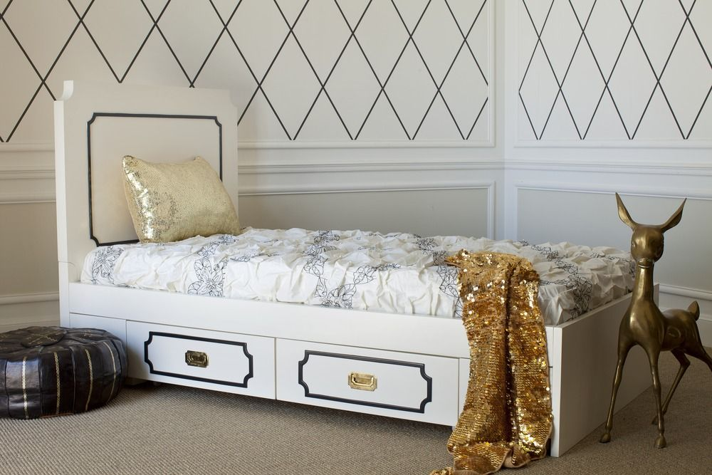 Taking inspiration from the architecture and furniture design of 15th century Britain, the Uptown Twin Bed is reinterpreted with a modern twist and playful and sophisticated colors.
