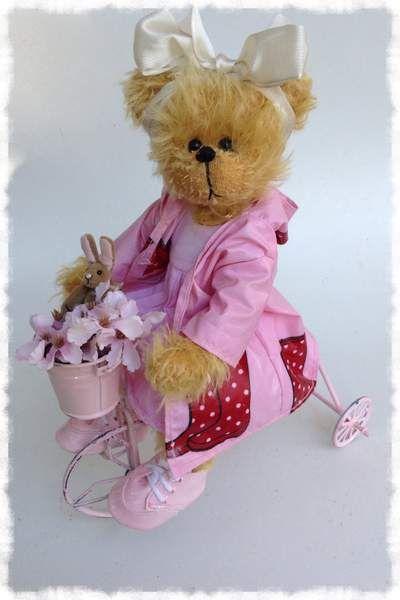Judy by By Shaz bears | Bear Pile
