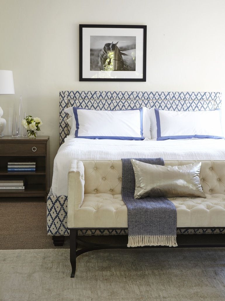 Pulaski Furniture Queen Upholstered Bed Upholstered beds