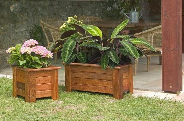 Como confeccionar maceta con piedras con planta de bamb for Ideas para hacer un jardin en casa