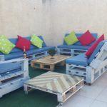 DIY Cool Pallet Patio Sofa Set + Planters