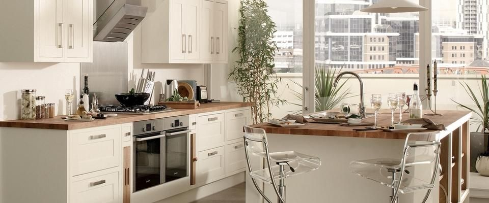 Haworth White Kitchen Range Kitchen Families Howdens Joinery House Ideas Pinterest