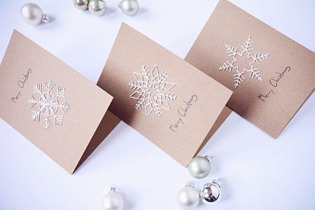 DIY: Snowflake Christmas Cards