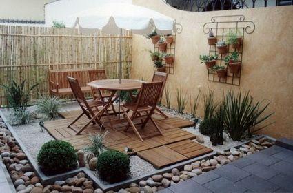 Patios de piedra en pinterest patio de gravilla de - Patios jardines pequenos ...