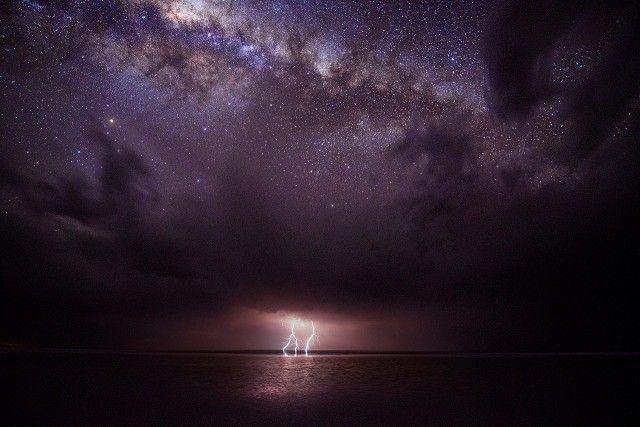 Звёздное небо и космос в картинках - Страница 36 5033d614bea33f8d3a2726bf2596f681