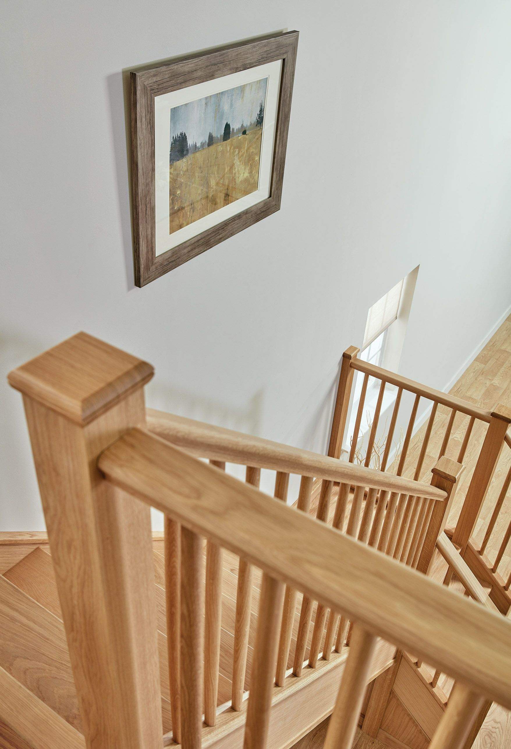 Best Slim Oak Spindle Staircase Hallway Designs Staircase 400 x 300