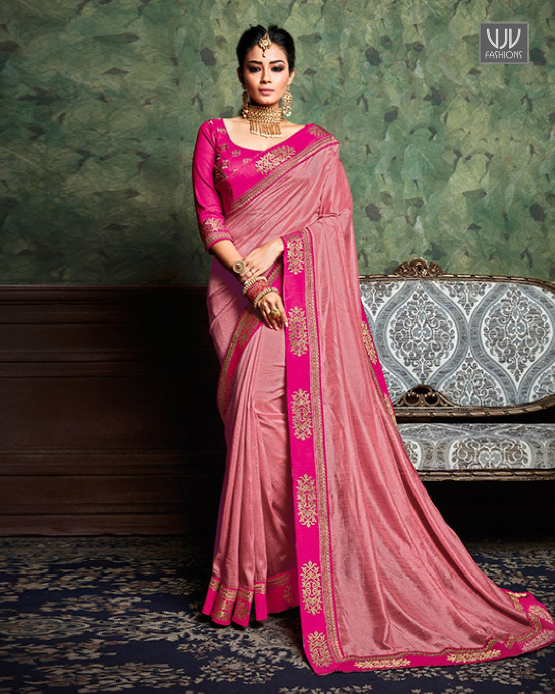 0b536ea1b1 Majestic Pink Color Silk Classic Designer Saree Precise attractiveness will  come out through the dressing trend with this pink color silk classic  designer ...