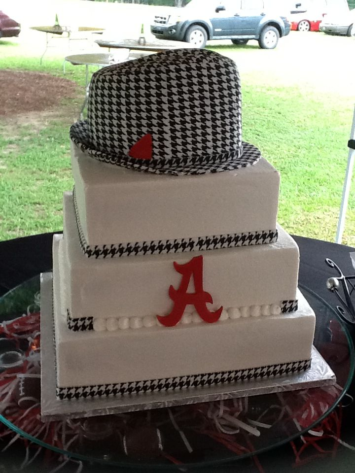 University Of Alabama Grooms Cake And Yes The Hat Is Cake