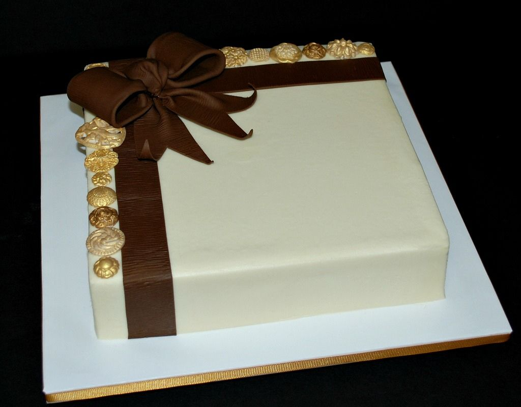 Buttons & Bow Anniversary Cake