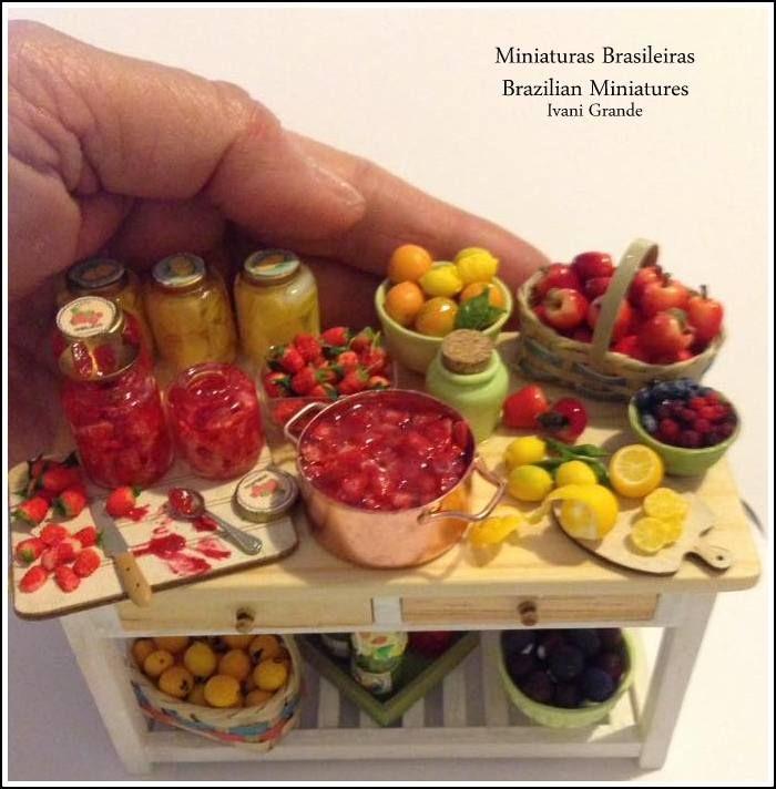 -Miniaturas Brasileiras Brazilian Miniatures -Miniatures dollshouse FRUITS MINIATURES
