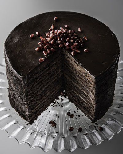 Q3828 Strip House 24-Layer Chocolate Cake, For 8-10 People