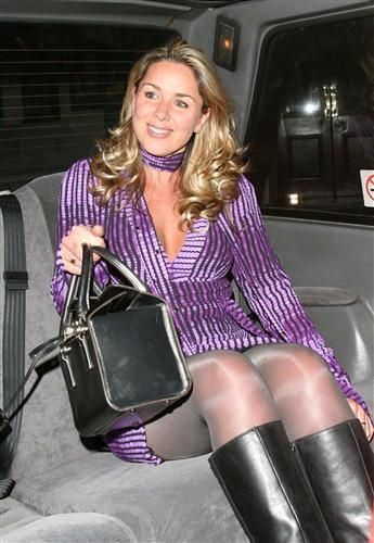 Shiny nylon legs | Pretty in pantyhose | Claire sweeney ...