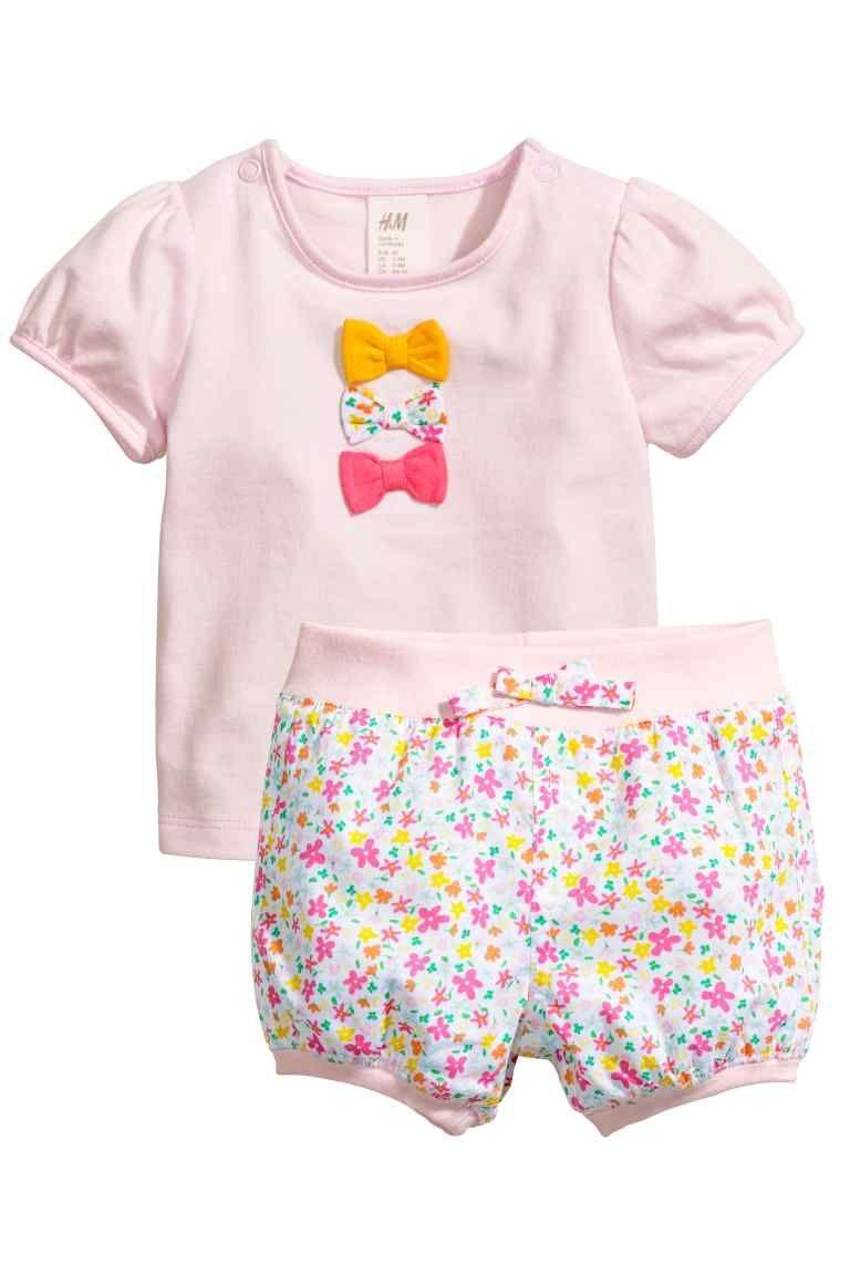 Mamas /& Papas Baby Girls Geo Print Short Romper