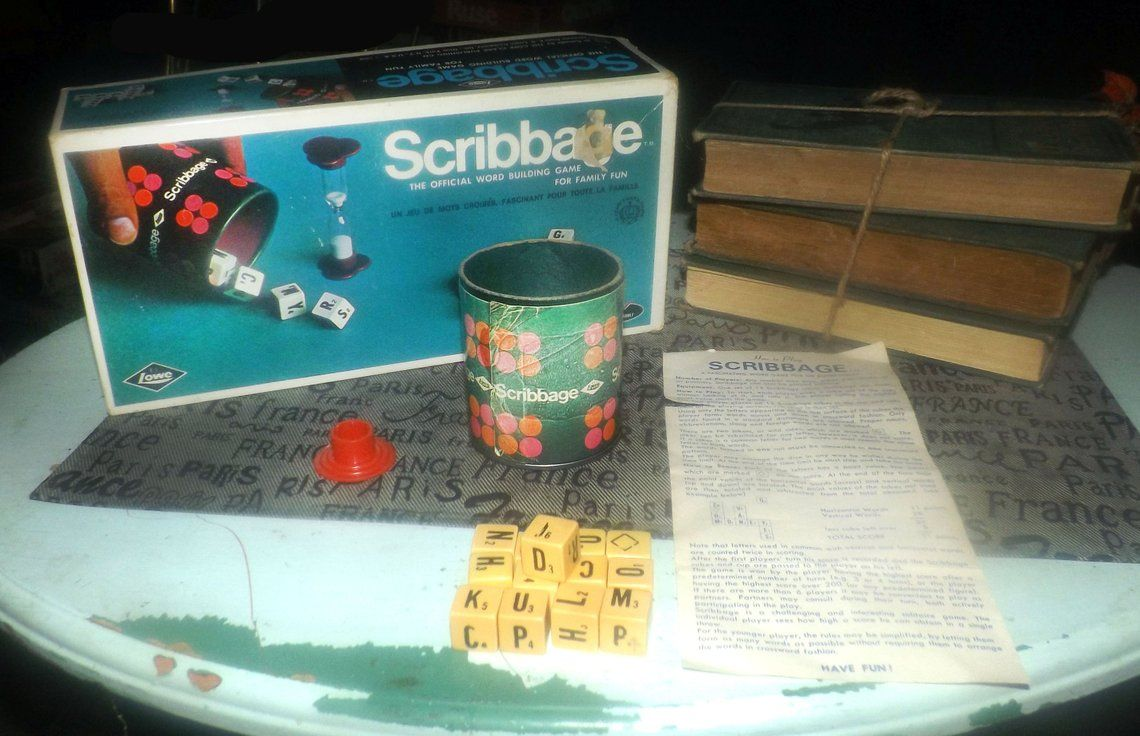 Vintage (1968) Scribbage board game published by E.S. Lowe