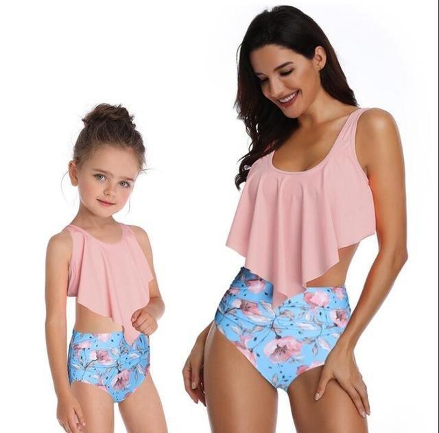 358aec74c3 Matching Family Mommy and Me Swimsuit Leaf Print Ruffled Mother Daughter  Matching Swimwear Summer Bikini Sexy Swimsuit