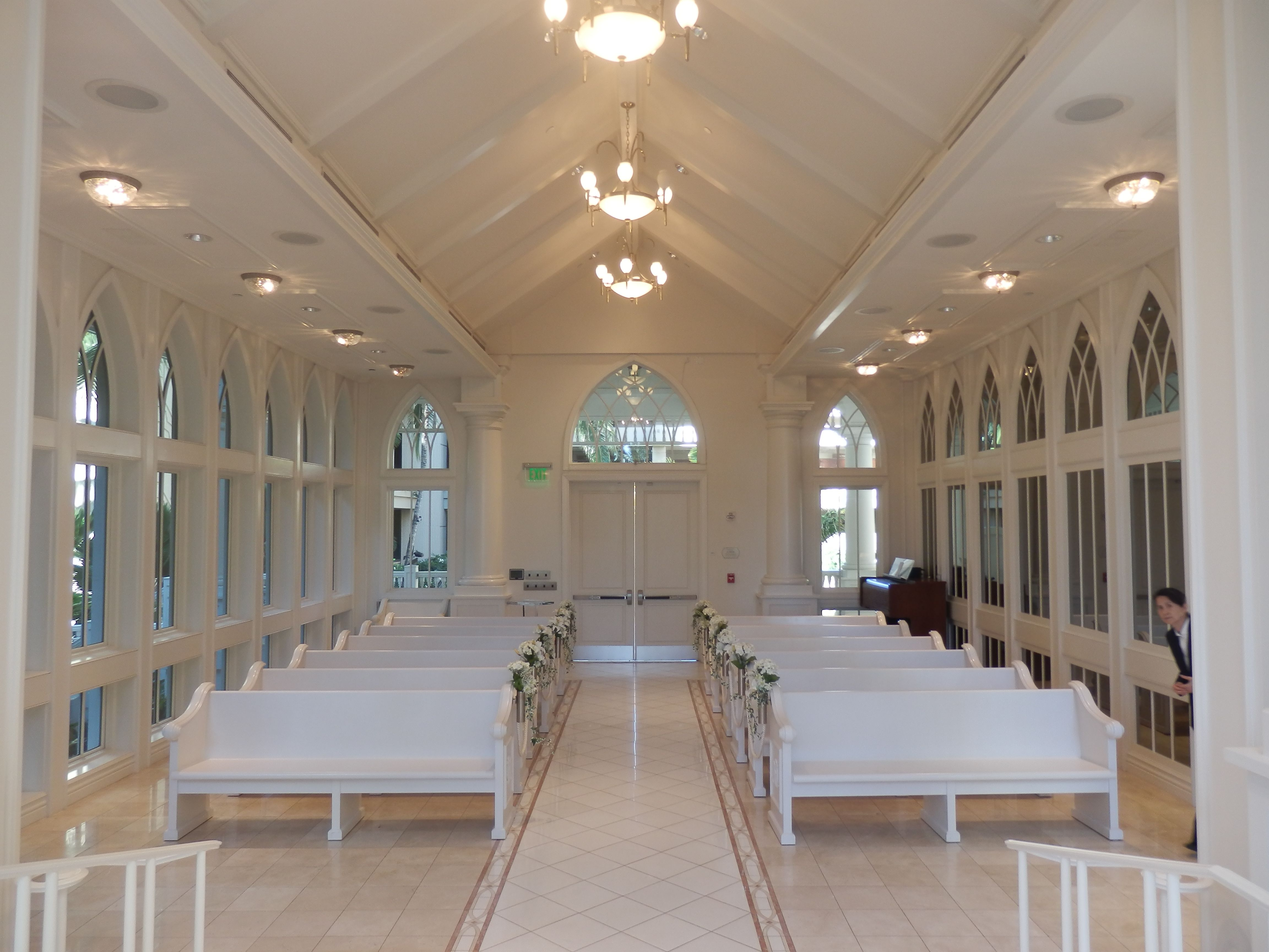 Inside The Wedding Chapel At The Hilton Hawaiian Village Honolulu Hawaii Usa Hilton Hawaiian Village Chapel Wedding Hilton