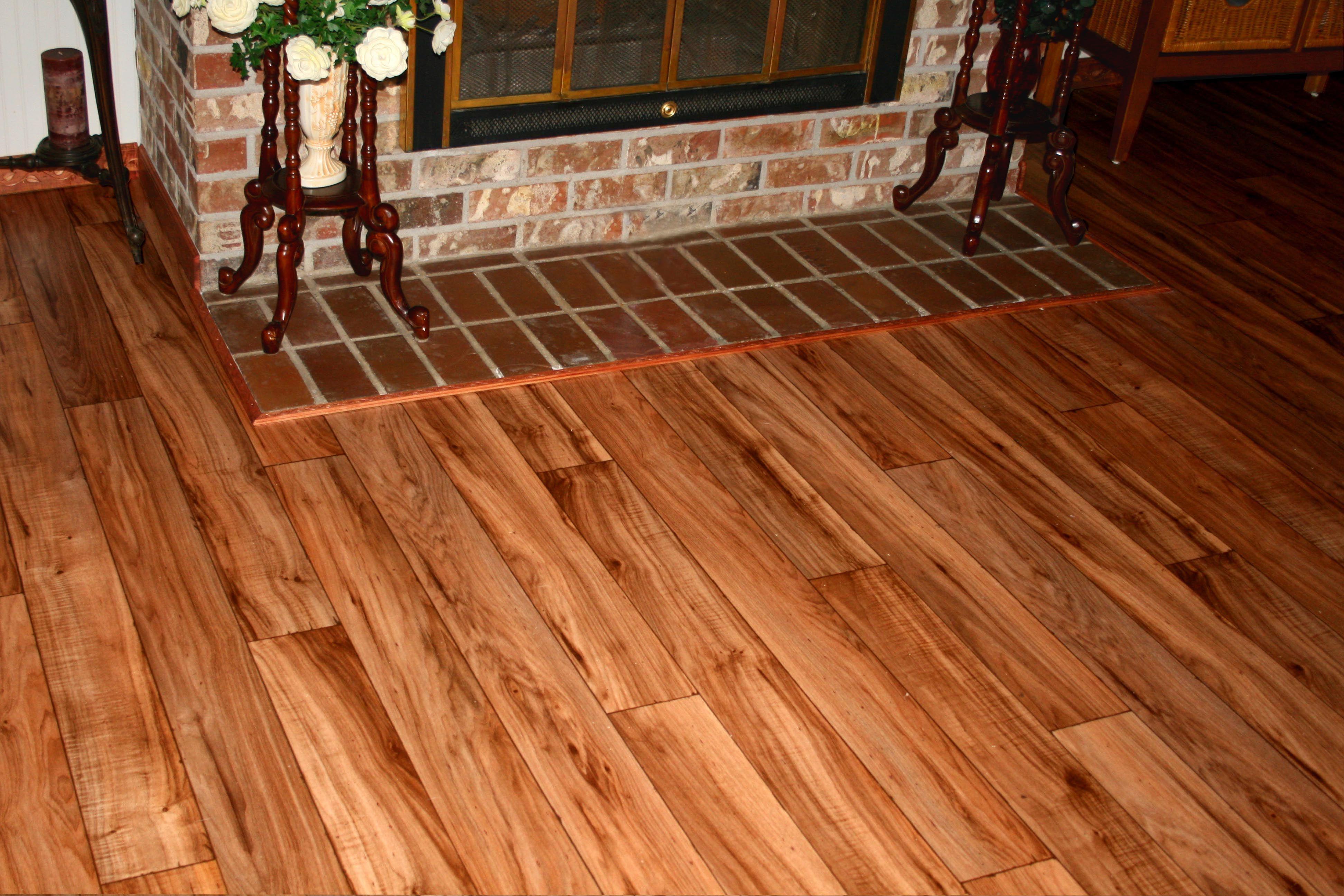 Pictures Of Linoleum That Looks Like Hardwood Vinyl Installation Wood Floor Step On It Flooring