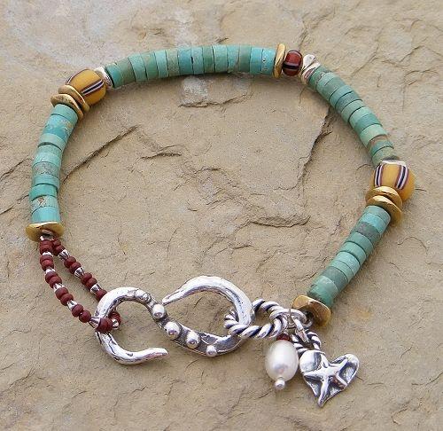 simple bracelet.  nice design!!