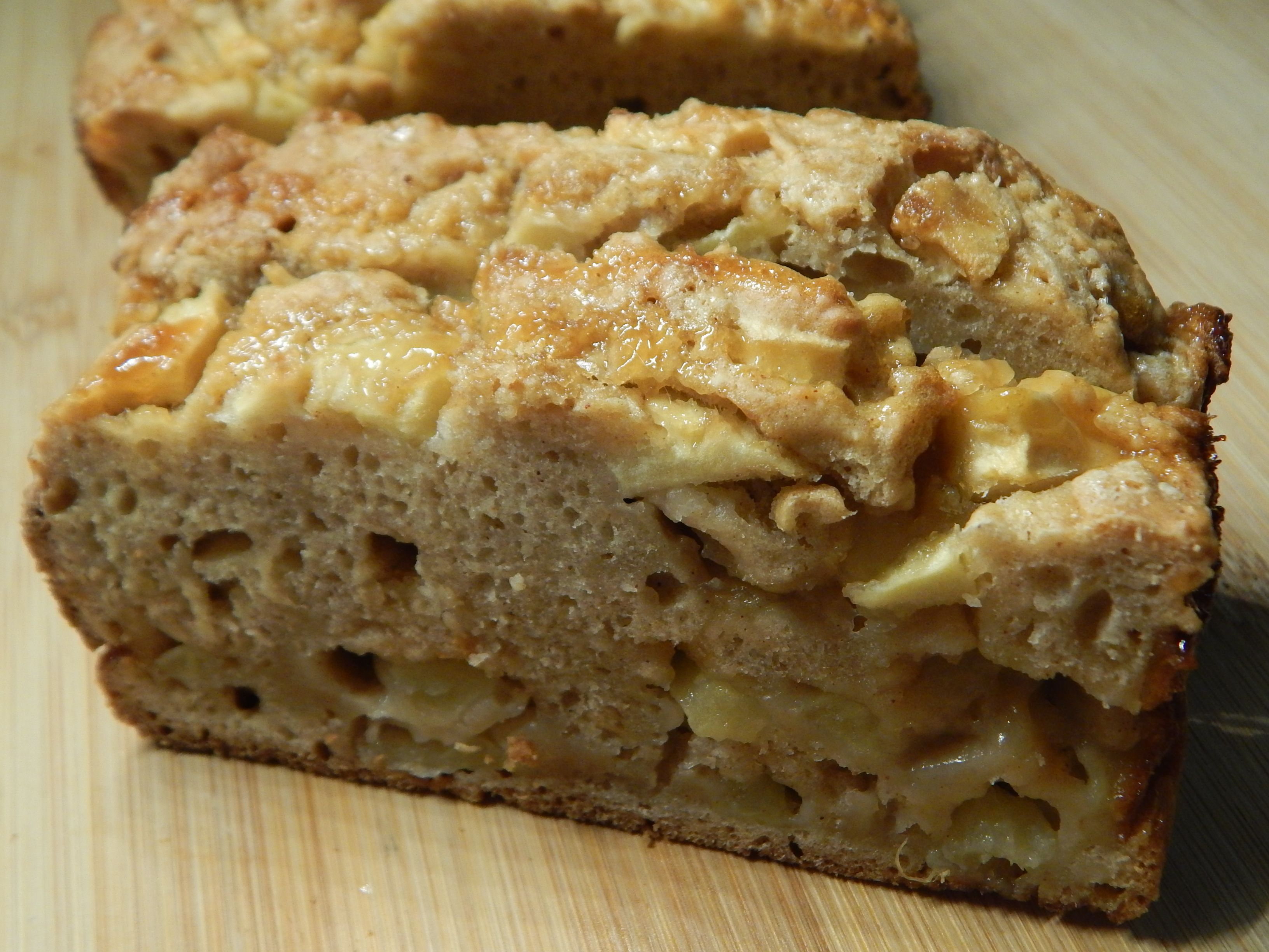 Caramel Apple Loaf from Drizzle me Skinny webpage