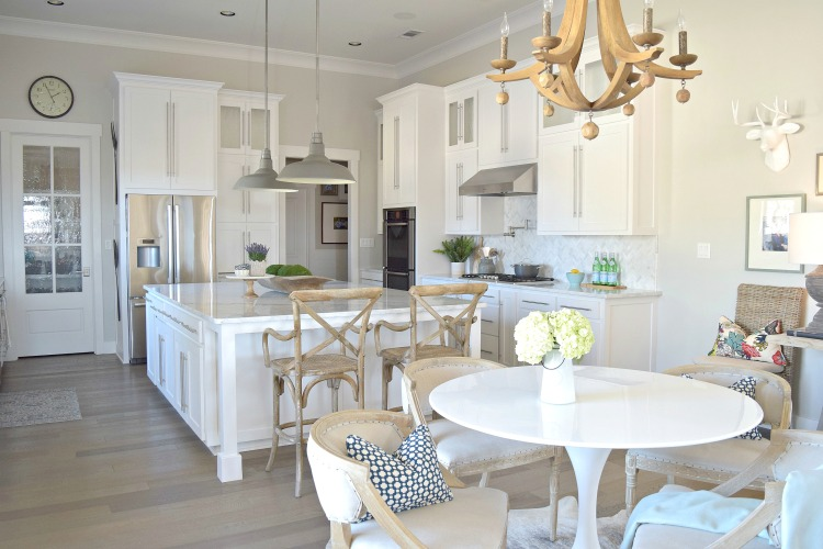 Aesthetic White Sherwin Williams Cabinets