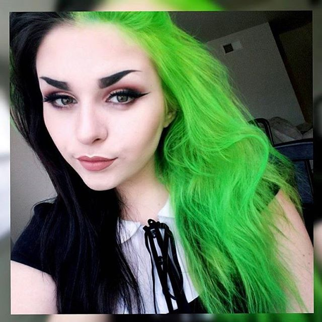 Genegoofe Green Black Electric Lime Green Split Dyed Hair Green Hair Hair Inspo Color