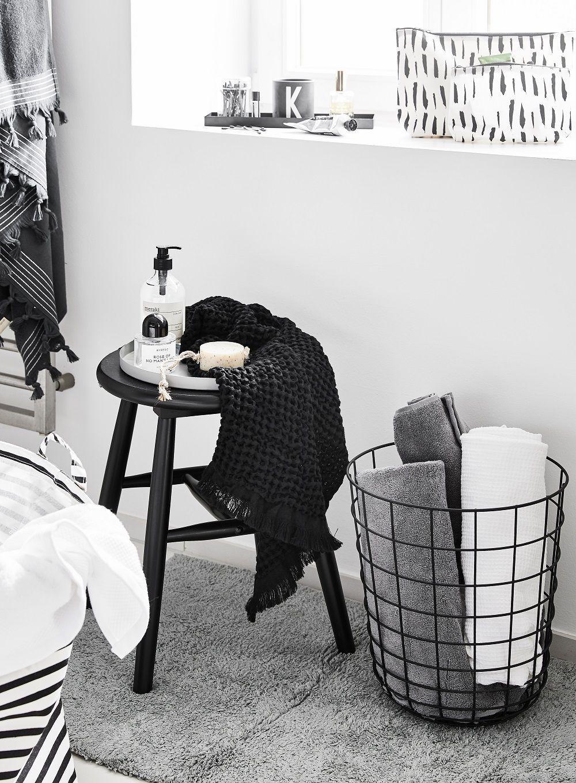 Hocker Pelle In 2020 Wohnaccessoires Dekoration Badezimmer Modern