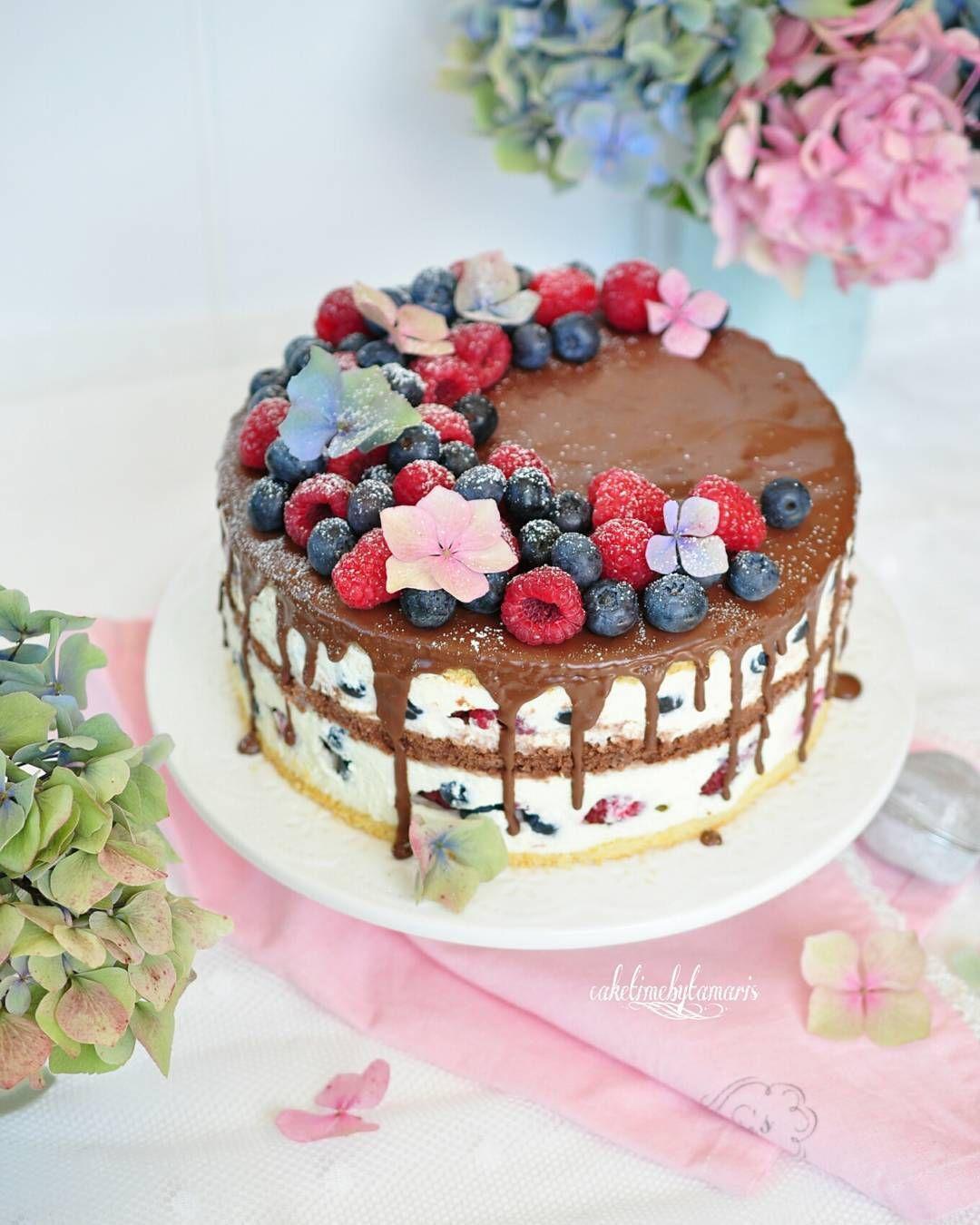 Schoko Blaubeer Himbeer Torte Rezept Bald Im Blog Recipesoonontheblog Himbeeren Blaubeeren Blueberris Backen Bake Lecker Yum Cake Torte Cupcake Cakes