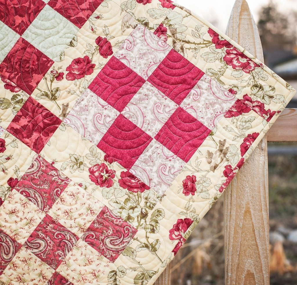 Moda 3 Sisters Favorites Nine Patch Roses Quilt White