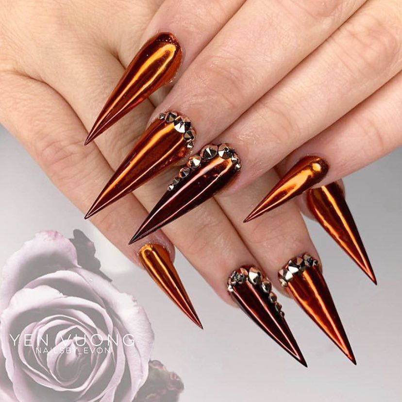 Bronze To Be Pretty Using Smoky Ink No 2 And 3 On Mirror Chrome For This Bronze Jelly Chrome Look Bronze Nails Rhinestone Nails Nail Printer
