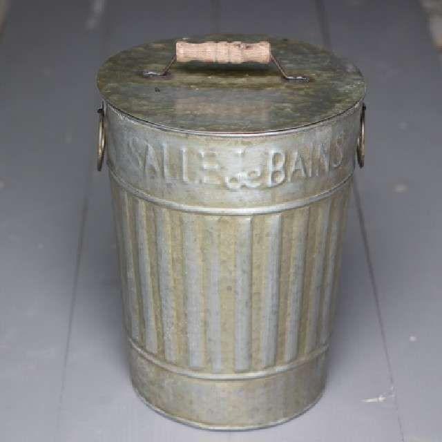Poubelle de Salle de Bain Rétro, WC Déco Zinc en vente dans la ...