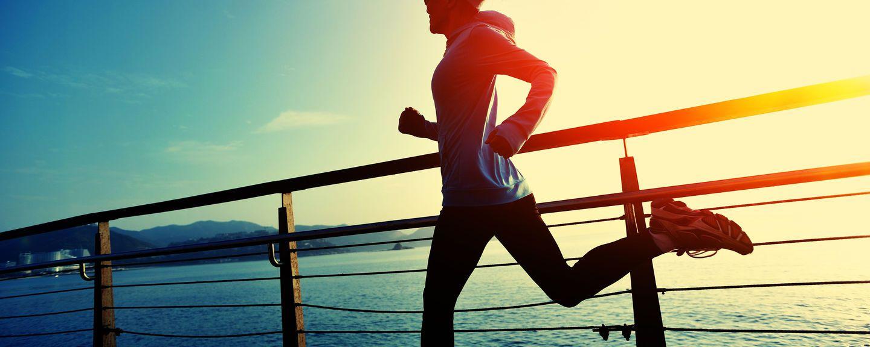 http://media.bestofmicro.com/M/P/519217/original/fitness_tracker_guide_cover_2.jpg