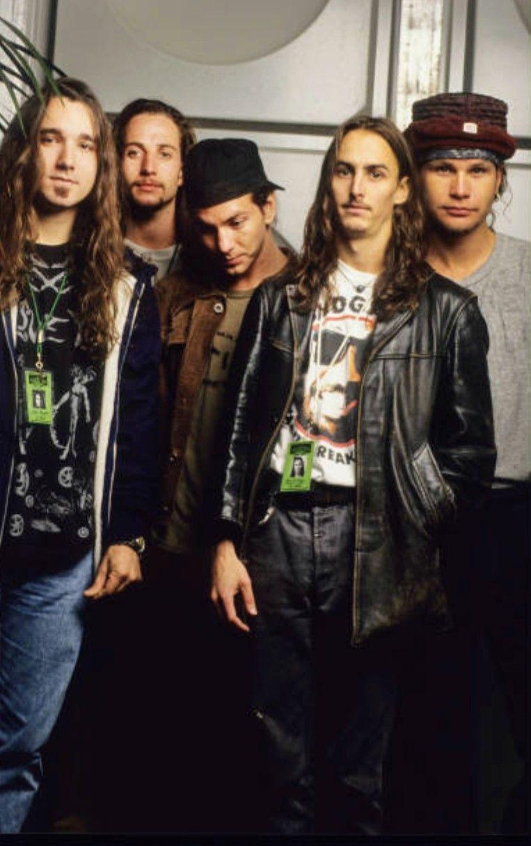 Pearl Jam 1992 Love Me Some Grunge In 2019 Pearl Jam