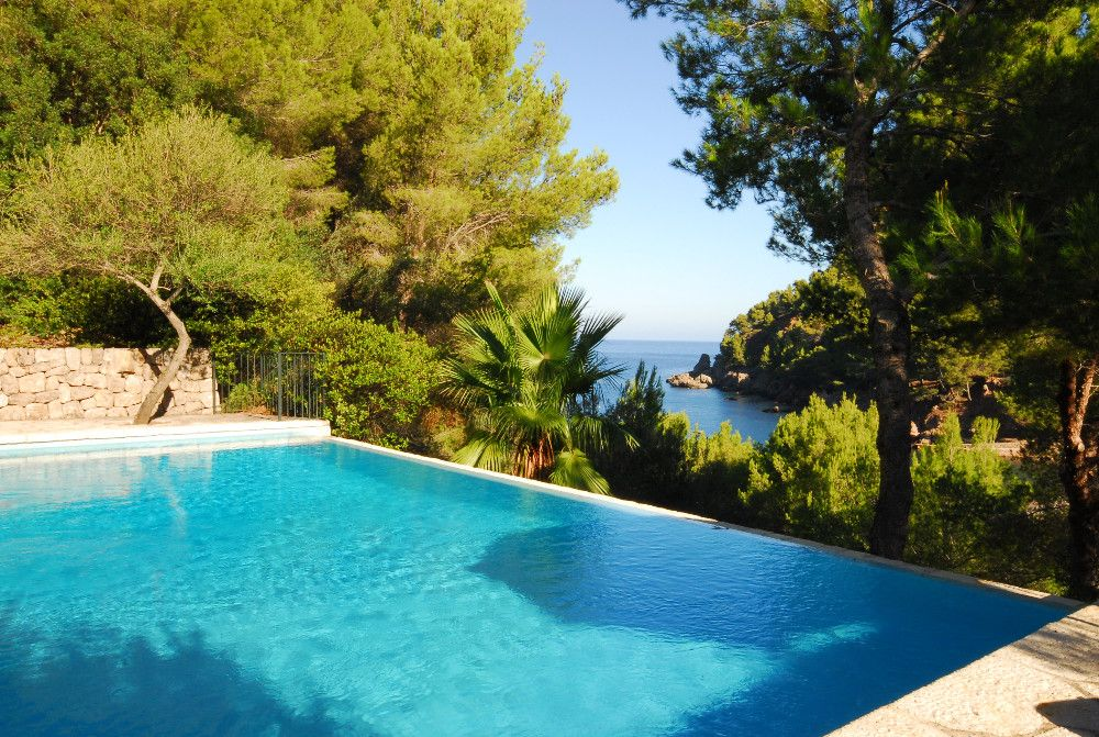 Stunning villa with sea view in Cala Tuent #mallorca #house #realestate #CalaTuent #property
