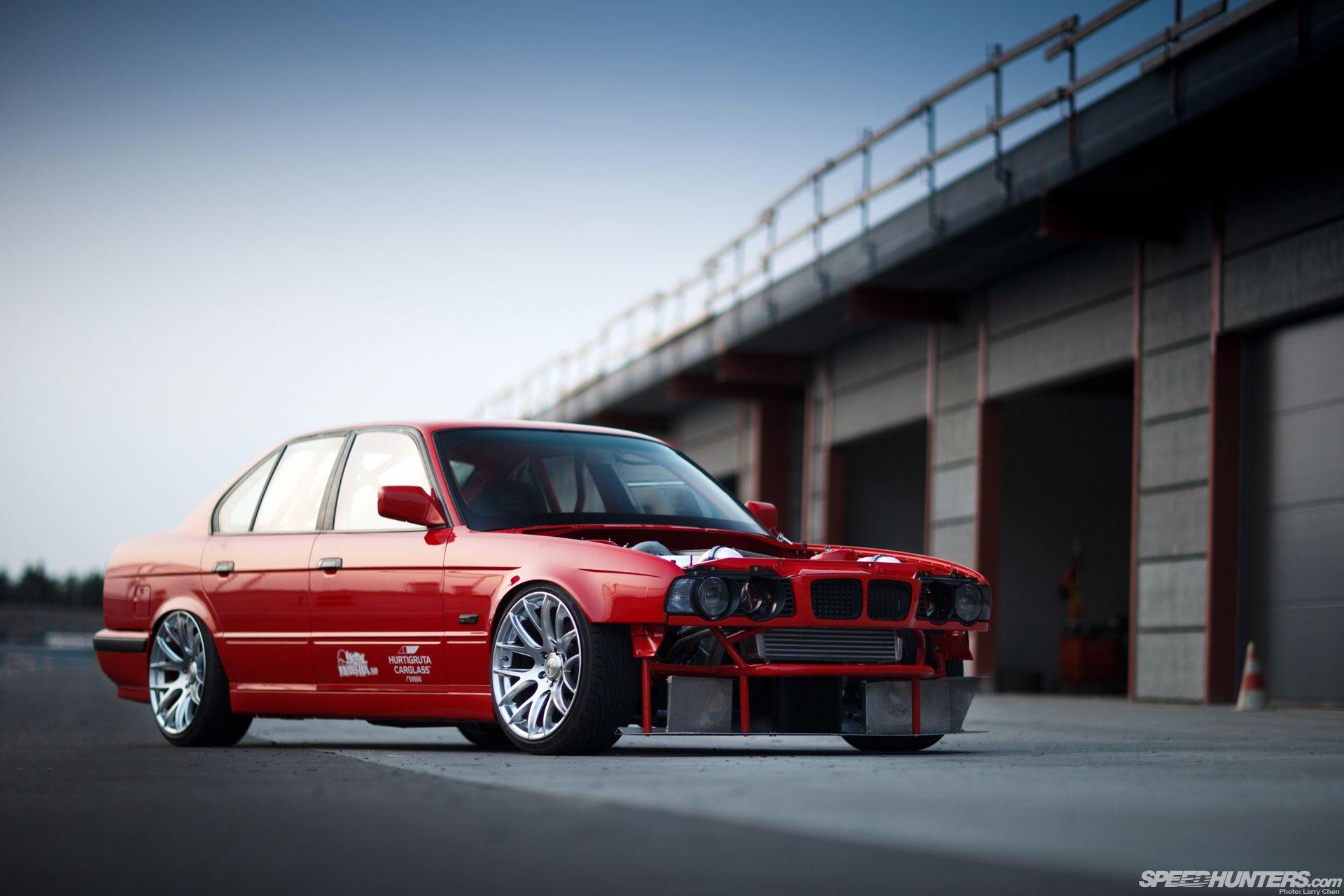 Bmw e34 wow so nice garage pinterest bmw cars for Garage bmw nice