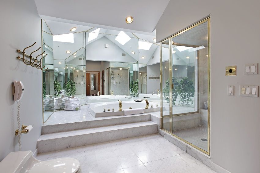 34 Large Luxury Master Bathrooms That Cost A Fortune In 2018 | Spa Baths,  Bath Design And Bathroom Designs